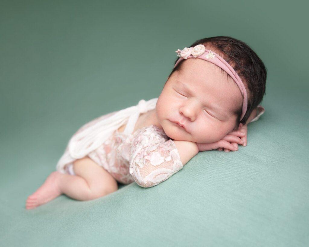 Newborn photographer Gloucester