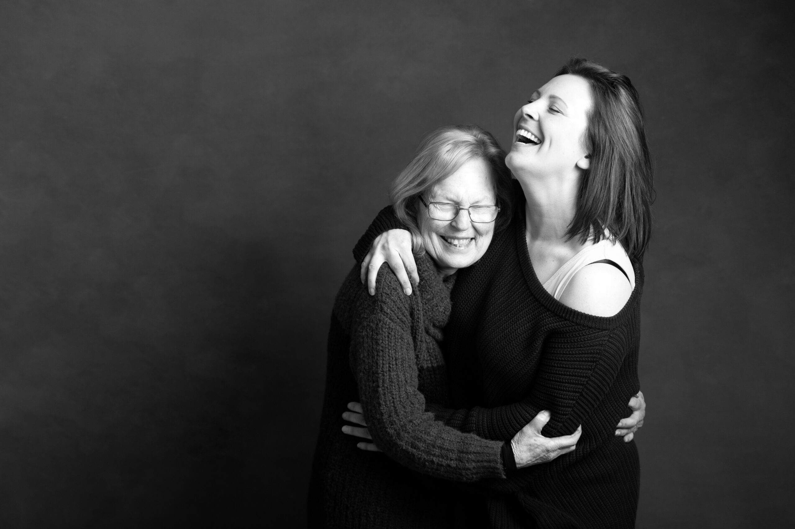 Gloucester photographer: mother and daughter photoshoots